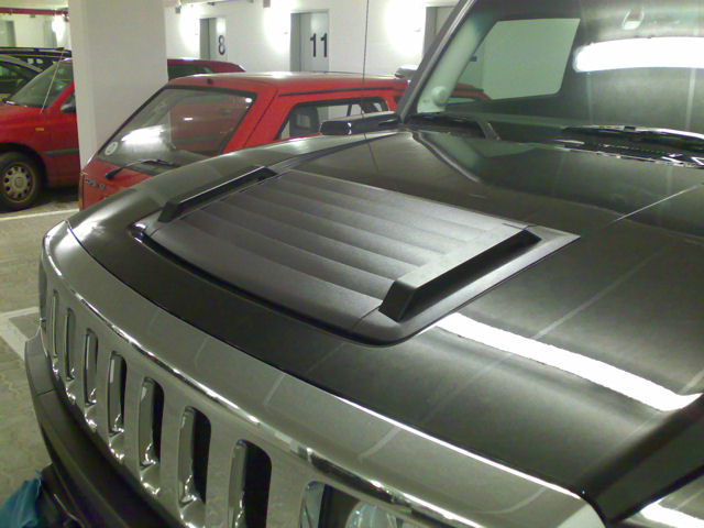 hood louvers in black hummer forums by elcova. Black Bedroom Furniture Sets. Home Design Ideas